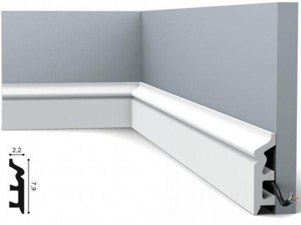 Listwa przypodłogowa ORAC DECOR SX122 biała