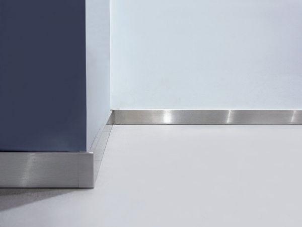 Listwa przypodłogowa  stalowa nierdzewna - szlif standard 10cm